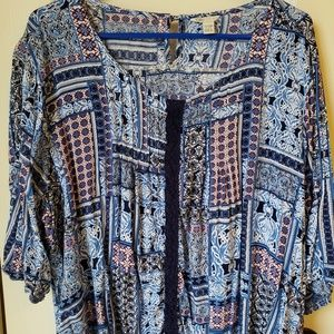 Blue Patterned top with 3/4 Sleeves
